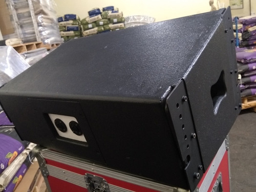 caixa de som line array