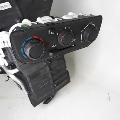caixa do ar-condicionado renault kwid zen 272706572r