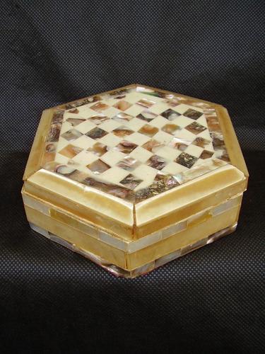 caixa em madeira déc 70 madreperola