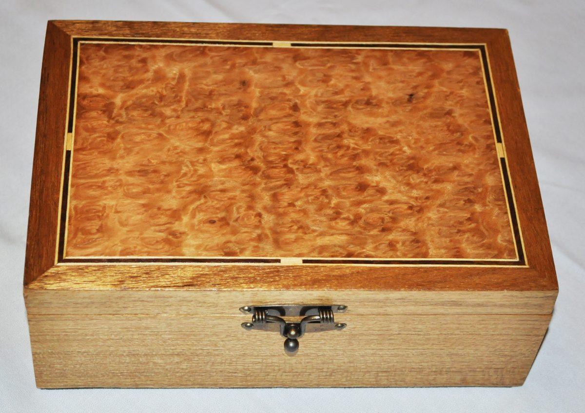 Caixa Estojo Para 6 Relógios Em Madeira Maciça E Marchetaria R$  #AF511D 1200x847