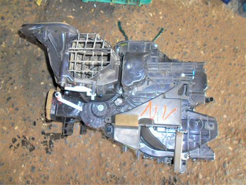 caixa evaporizadora do ar condicionado 1.6 nissan versa 2011