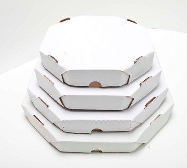 caixa pizza oitavada 25cm - embalagem 50 unidades.