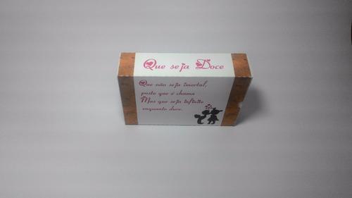 caixa remédio com berço.