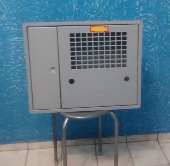924f2c95bcb Caixa Sabesp Uma - Policarbonato - 2 Relogios-medidores - R  105