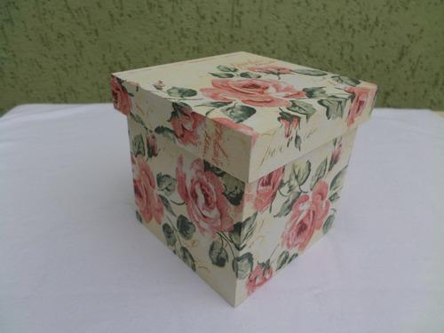 caixinha de mdf pintada 11 x 11 x 10,5 artesanato lembranca
