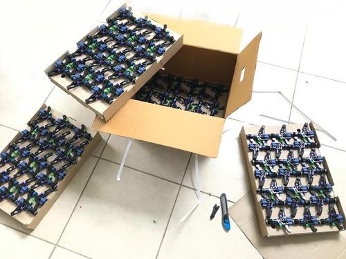 caja 168 aspersores de impacto d-net netafim riego 580 lt/hr