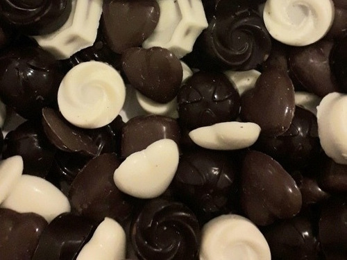 caja 1kg bombones de chocolate regalo cumpleaños mujer novia