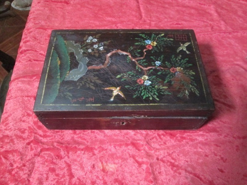 caja antigua años 40 japonesa hecha y pintada a mano