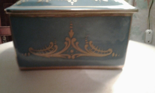 caja antigua de porcelana isabelina