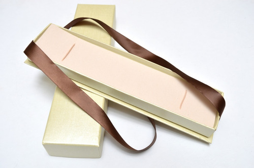 caja beige moño para pulsera para regalo , guardarla