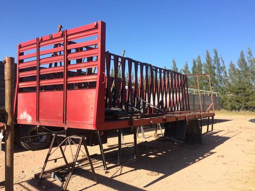 caja camion piramide
