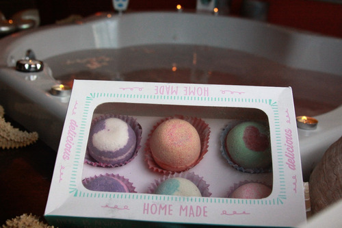 caja candy con 6 bombas de baño grandes  aromas  exquisit