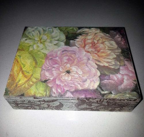 caja cofre para damas en madera hecho a mano