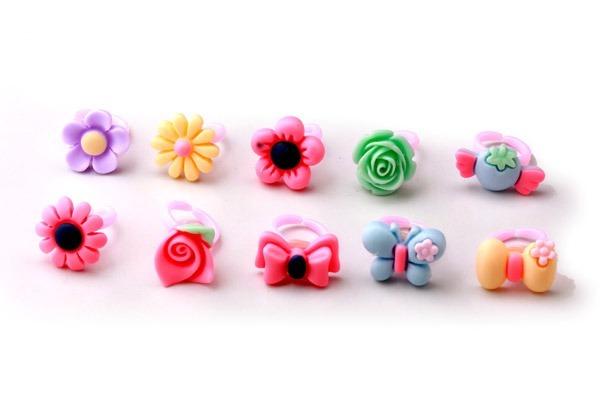 Caja De 100 Anillos Infantiles Souvenir Cumple Flores 499 00 En