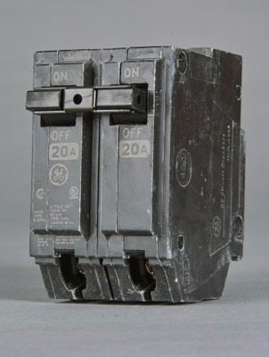 caja de 5 breaker thql 2x20, 2x30 general electric tienda