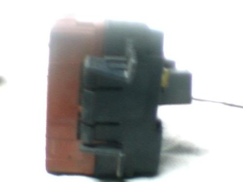 caja de fusibles derecha para chevrolet malibu del 97 al 03