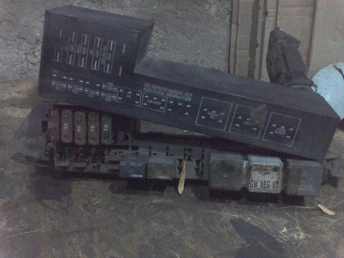 caja de fusibles y relays lado motor para cavalier 1995