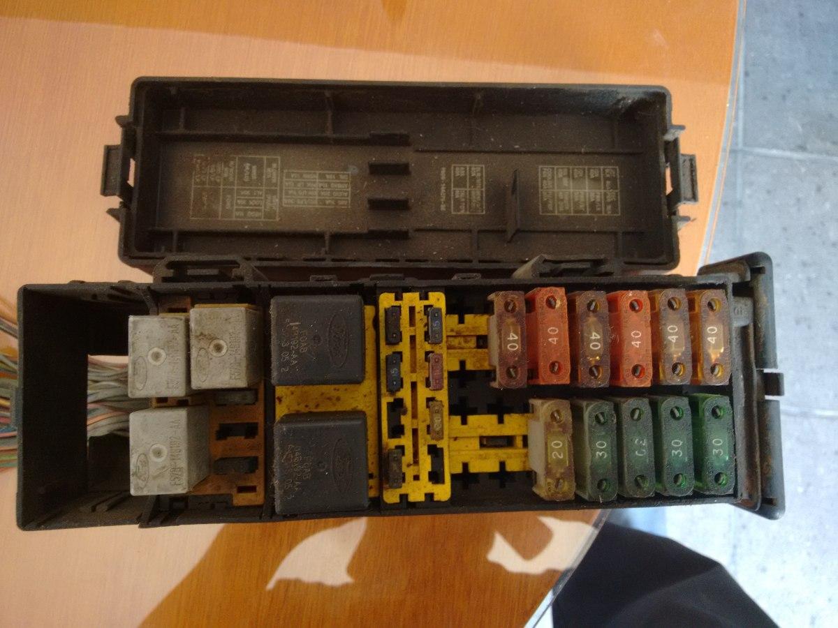 Caja De Fusibles Y Relevadores Ford Taurus Mod 96 649