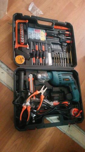 caja de herramientas con 112 piezas y taladro incluido en so