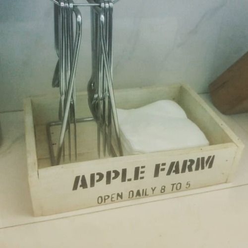 caja de madera reciclada apple farm