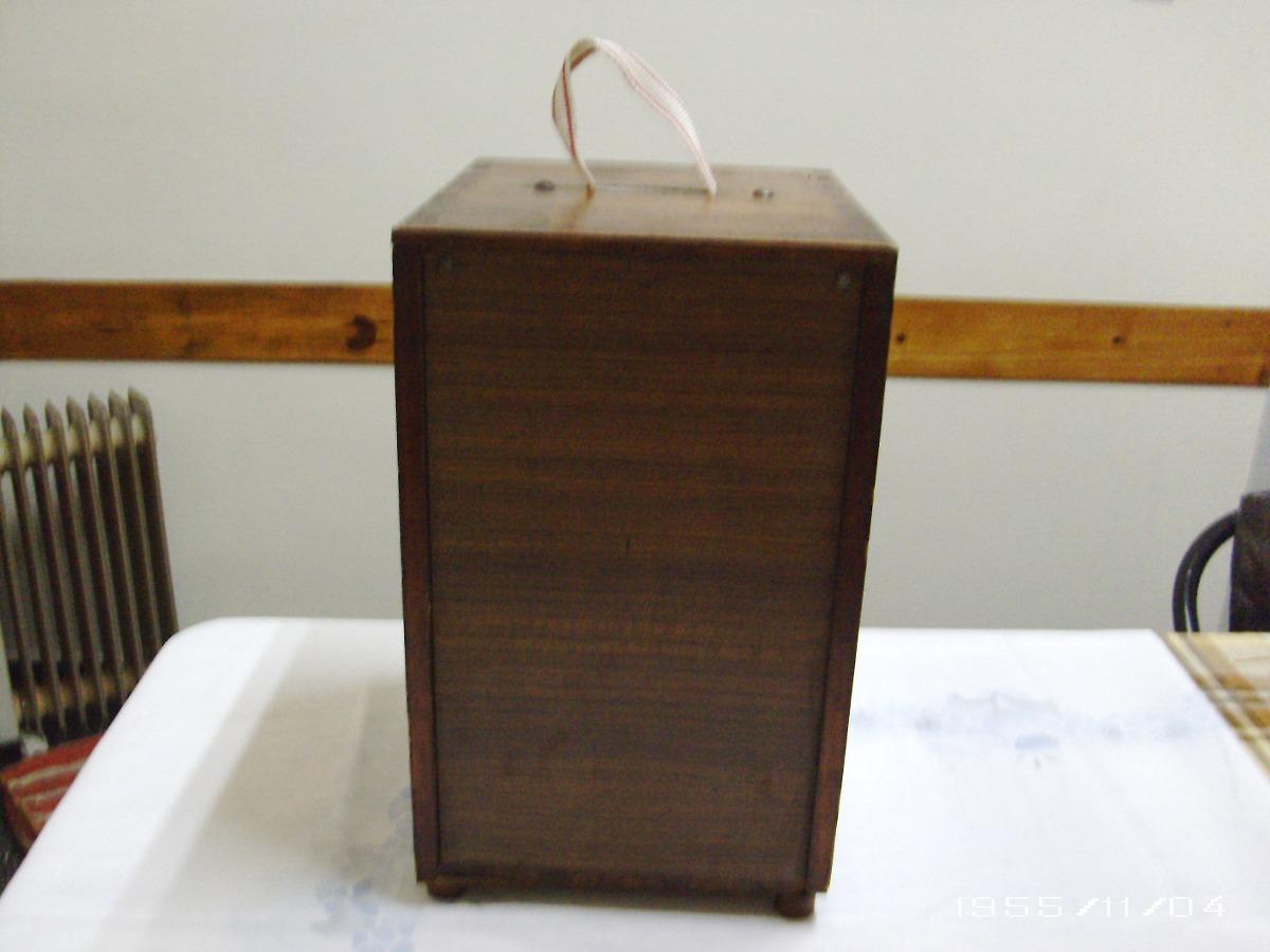 Caja de pesca de madera machimbrada vertical y banco 1 for Cajas de madera aki