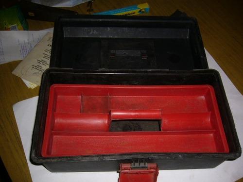 caja de plastico para herramientas   / 1