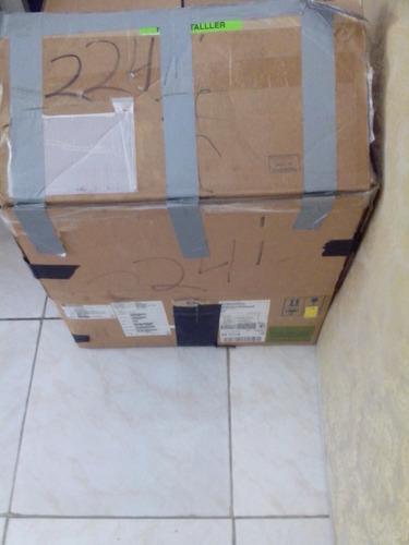 caja de ropa mixta de paca.