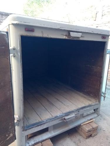 caja en optimas condiciones