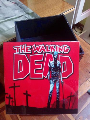 caja en trupan 15x15 the walking dead.