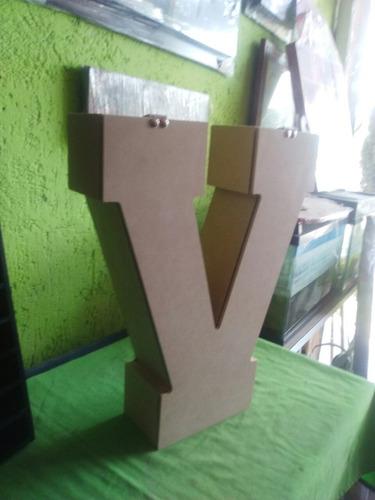 caja forma de letra en madera de mdf