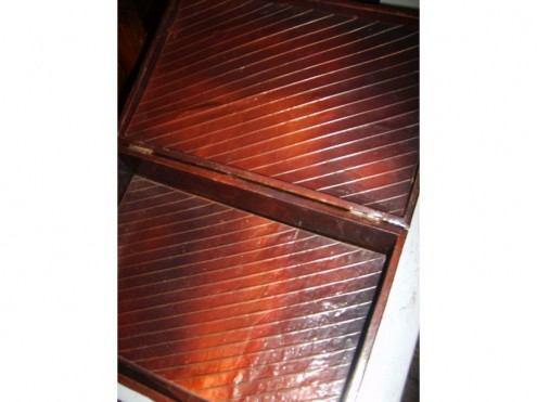 caja forrada con cobre y con bellos