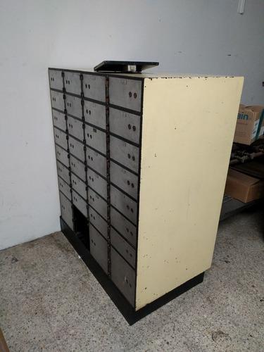 caja fuerte mosler de 32 puertas
