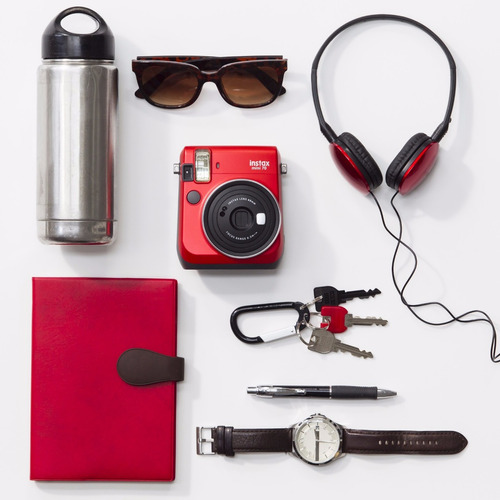caja instax mini 70 roja  10 fotos funda  marcadores