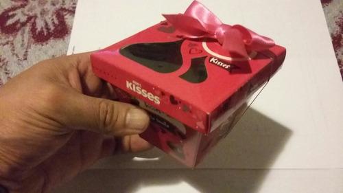 caja kisses para regalo 7 cm. de cada lado