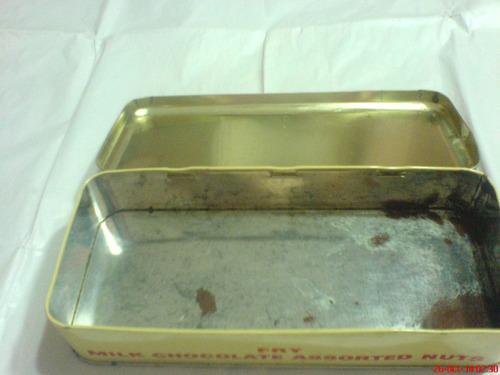 caja-lata de bombones grande rectangular  england   antigua