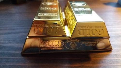 caja metálica forma barra de oro