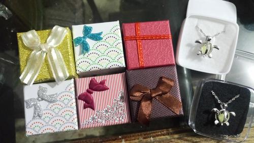 caja moño grecas regalo amor y amistad collar  solo caja