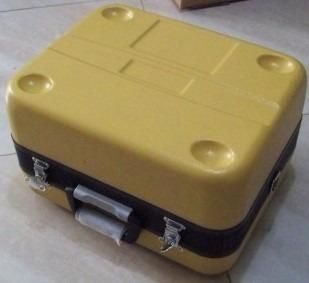 caja para estación topcon
