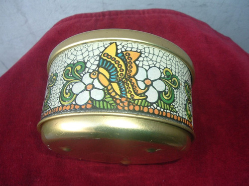 caja redonda  de lata  dis.mariposas