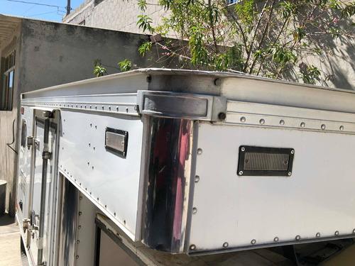 caja seca para automóvil.