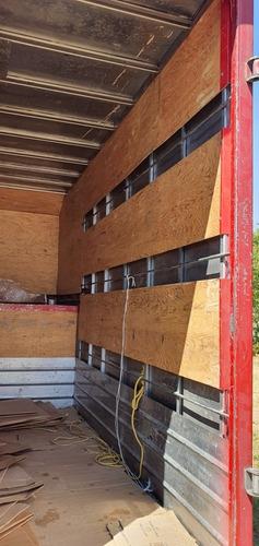 caja seca para transporte de mercancía