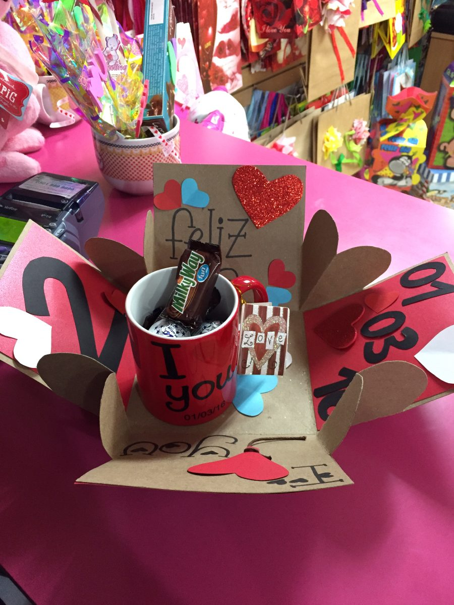 Caja sorpresa o explosiva amor cumplea os aniversario for Sorpresas para aniversario
