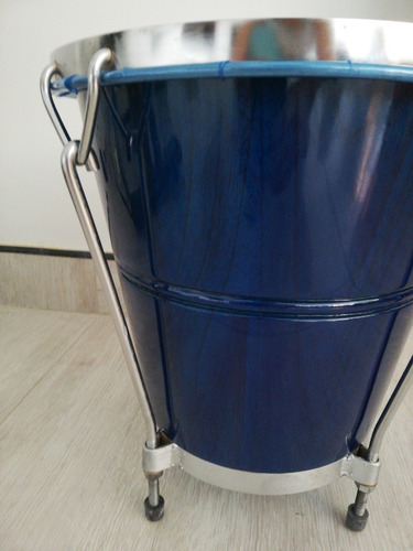 caja vallenata de madera azul