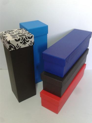 cajas artesanales de carton forradas a mano para vino