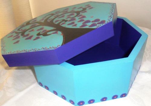 cajas con mandalas pintados a mano, para regalos y recuerdos