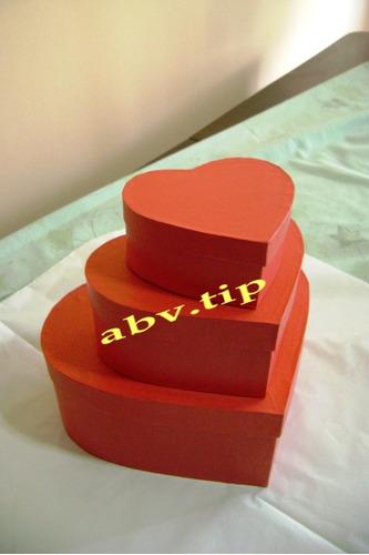 cajas de carton en forma de corazon forradas 11x14x4