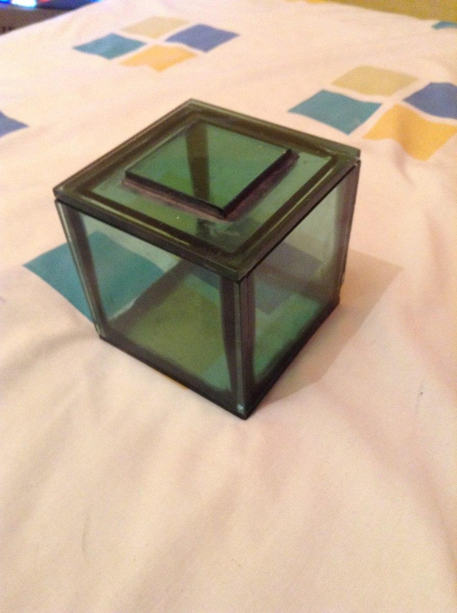 cajas de vidrio con tapa y peceras sobre medida y diseo
