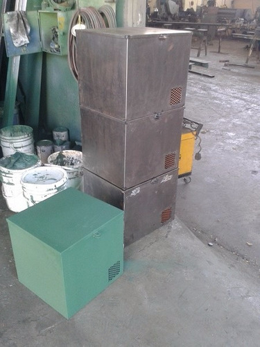 cajas metálica. fabricación de cajas para la industria.