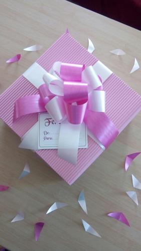 cajas para regalos flores peluches a la medida lazos