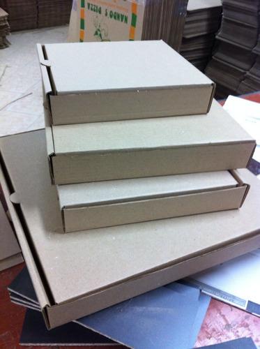 cajas pizza.35x35x4..cuadradas..ecologicas.tu logo..blancas